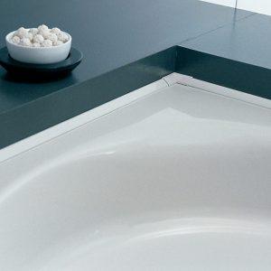 Vízvezető profil fürdőkádhoz
